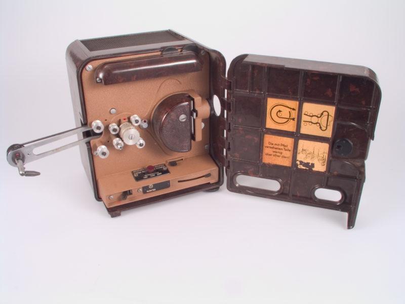 P8 Projektor